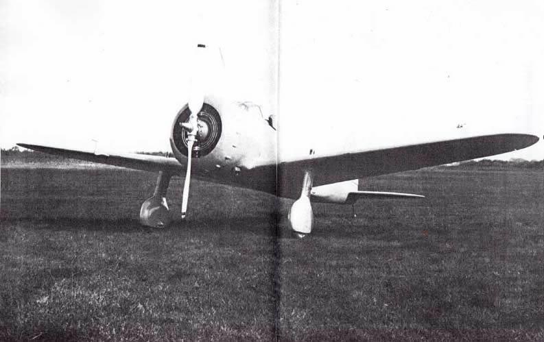 低翼単葉戦闘機に挑戦