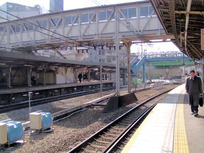 「本八幡駅」から「新宿駅」電車の運賃・料金 - 駅探